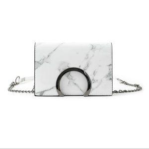 🖤 NEW Storm Crossbody Bag 🖤